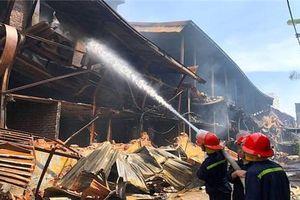 Bộ trưởng Tài nguyên: Môi trường bên ngoài nhà máy Rạng Đông đã ở ngưỡng an toàn