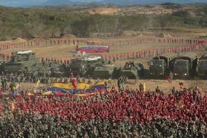Venezuela dồn 150.000 quân sát biên giới Colombia, Mỹ liệu có hành động?