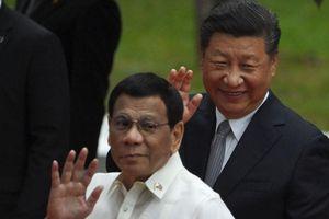 'Ông Duterte không có quyền bỏ phán quyết biển Đông'