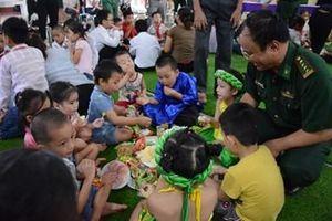 Ngày hội Trăng rằm các 'Con nuôi Đồn Biên phòng' của BĐBP Lào Cai