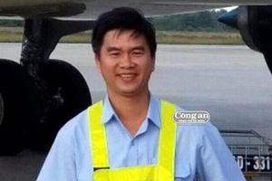 Cựu nhân viên sân bay lừa 12 tỷ đồng để 'chạy án' cho trùm cát lậu