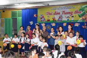 Thiền viện Hải Đức trao quà Trung Thu cho học sinh