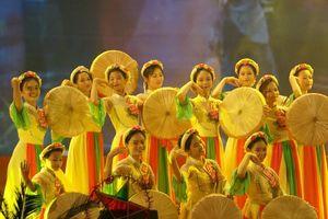 Lễ hội trăng rằm Bắc Ninh thắp sáng ước mơ trẻ thơ