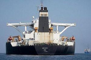 Mỹ có bằng chứng về việc siêu tàu Iran chuyển dầu tới Syria