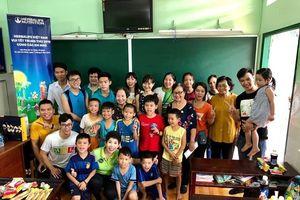 Tổ chức vui Tết Trung thu cho trẻ em có hoàn cảnh khó khăn