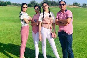 Toàn diện dresscode nhưng nhà MC Quyền Linh vẫn không giấu nổi 'công chúa' Lọ Lem xinh như hoa hậu, chân dài miên man