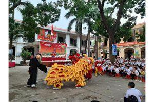'Vui tết trung thu' tại trường Tiểu học Phụng Châu
