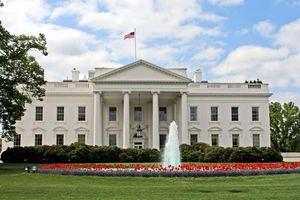 Nghi vấn Nhà Trắng bị cài thiết bị gián điệp suốt hai năm