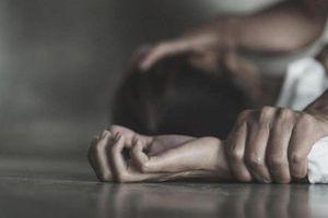 Thiếu nữ tố thầy dạy yoga hiếp dâm: Chân dung ông thầy biến thái