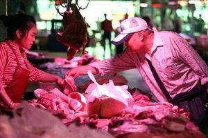 Trung Quốc vật lộn với 'cơn khát' thịt lợn