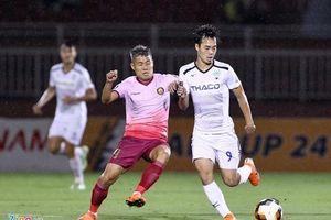 Thua Sài Gòn FC, HAGL thất thế trong cuộc đua trụ hạng V-League