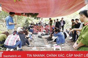 Truy tố 19 bị can trong vụ đánh bạc ở đồi Trạng Nẹo - Hương Khê