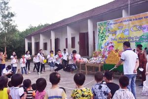 Nghệ An: Tết Trung thu vui ở ngôi trường nghèo miền núi chỉ có 66 học sinh