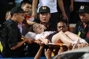 Khởi tố vụ án đốt pháo sáng tại Hàng Đẫy, công an triệu tập 14 người Nam Định