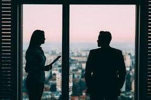 7 quy tắc vàng nếu bạn muốn góp ý cho sếp
