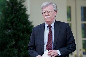 Trước khi từ chức, Cố vấn An ninh Quốc gia Mỹ phản đối Tổng thống Mỹ dỡ bỏ một phần trừng phạt Iran