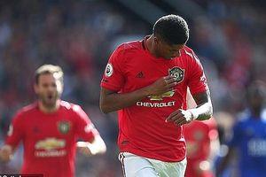 Nhọc nhằn vượt qua Leicester, M.U trở lại top 4