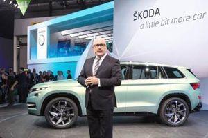Ô tô giá rẻ đẹp long lanh nhiều vô kể, song lượng mua sụt giảm đáng kinh ngạc