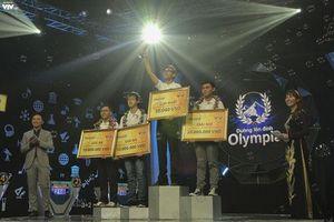 Giây phút đăng quang đầy cảm xúc của tân Quán quân Đường lên đỉnh Olympia Trần Thế Trung