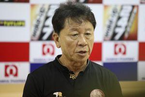 HLV TP.HCM tránh nói về chức vô địch khi mất điểm trước Nam Định