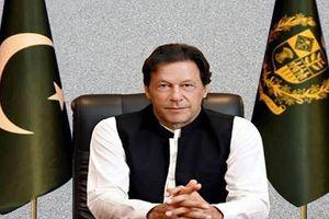 Chân dung Thủ tướng Pakistan vừa dọa đánh Ấn Độ bằng hạt nhân