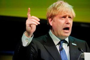 Thủ tướng Anh tự ví bản thân với 'Người khổng lồ xanh'