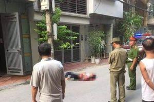 Hà Nội: Nam thanh niên đâm tử vong 2 nữ sinh rồi nhảy lầu tự tử