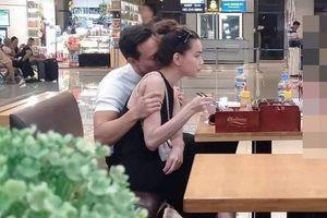 Showbiz 16/9: Kim Lý bị chỉ trích vì hôn cổ Hồ Ngọc Hà ở sân bay