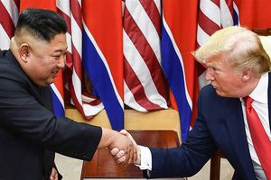 Kim Jong Un gửi thư mời ông Trump