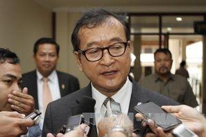Tòa án Campuchia phát lệnh bắt thủ lĩnh đối lập lưu vong