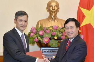 Bổ nhiệm hai Tân thứ trưởng Bộ Ngoại giao và Bộ Lao động - Thương binh và Xã hội