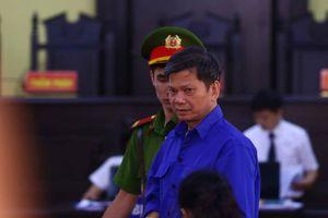 Vì sao bất ngờ hoãn phiên tòa xét xử vụ gian lận điểm thi ở Sơn La?