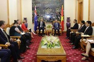 Bộ trưởng Bộ Công an Tô Lâm tiếp xã giao Tư lệnh Cảnh sát New Zealand