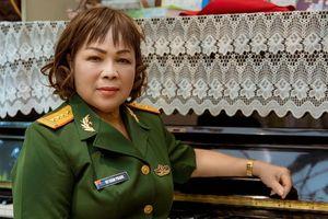 NSND Rơ Chăm Phiang: 'Nếu có kiếp sau tôi vẫn muốn trở thành ca sỹ'