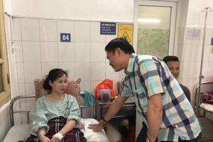 Chủ tịch VPF đến thăm nữ CĐV bị thương nặng ở Hàng Đẫy