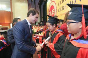 1.982 học viên VUS nhận chứng chỉ Anh ngữ quốc tế Cambridge