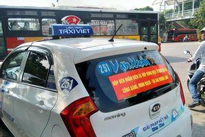 Bộ GTVT tái kiến nghị taxi công nghệ phải có mào