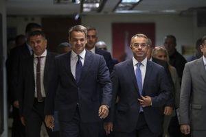 Hy Lạp đề nghị trả nợ trước hạn cho IMF