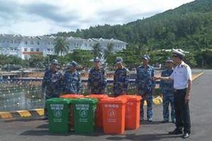 Tuổi trẻ Vùng 3 Hải quân chung tay bảo vệ môi trường