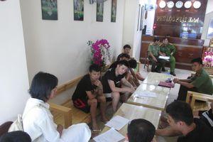 Đà Nẵng bắt nhóm người Trung Quốc thao túng chứng khoán