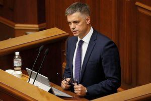 Ukraine sẽ dùng vũ lực với Donbass trừ phi hòa bình lập lại trong vòng 1 năm?