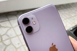 iPhone lạc lõng trong thế giới của riêng mình