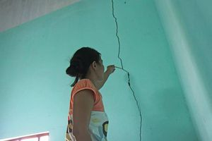 Bất an mỏ đá nổ mìn khai thác nứt nhà dân ở Bình Định