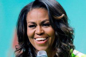 Cựu đệ nhất phu nhân Mỹ Michelle Obama thu bộn tiền về diễn thuyết