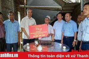 Bàn giao 108 nhà Đại đoàn kết cho hộ nghèo