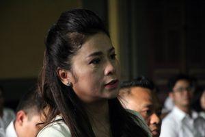Tòa chấp nhận đề nghị xử kín vụ ly hôn vợ chồng Trung Nguyên