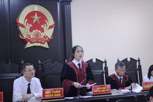 Đề nghị hoãn phiên tòa gian lận điểm thi ở Hà Giang