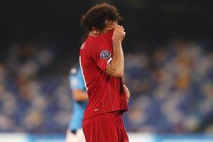 Salah thất vọng sau trận thua lịch sử của Liverpool