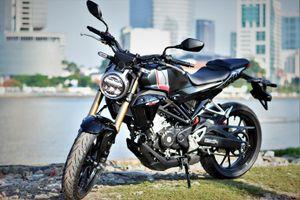 Đèn xe máy Honda luôn bật sáng có bị phạt không?