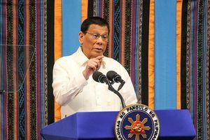 TT Duterte nói 'ra lệnh ám sát 1 chính trị gia', văn phòng đính chính